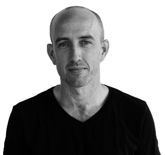 Thom Moran headshot